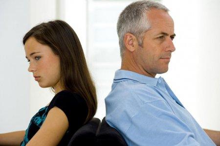 Как наладить отношения старшеклассницы с отчимом? - « Как воспитывать ребенка»